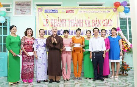 Khanh thanh va ban giao Truong mam non Dai Lanh do Chua Ba Da, Bao Cong an TP Da Nang va Hoi Phu nu Cong an TP Da Nang tai tro - Anh 6