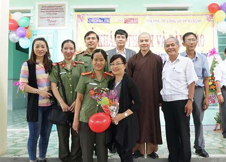 Khanh thanh va ban giao Truong mam non Dai Lanh do Chua Ba Da, Bao Cong an TP Da Nang va Hoi Phu nu Cong an TP Da Nang tai tro - Anh 8