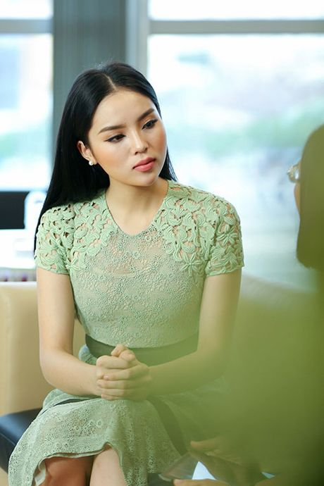 Sao Viet mat cung do: Dep nhu ma-no-canh? - Anh 1