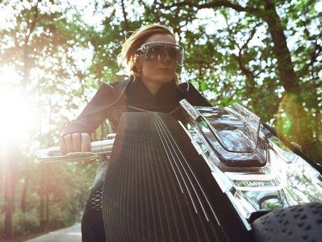 Motorrad Vision Next 100 - y tuong mo to tu can bang cua BMW - Anh 4
