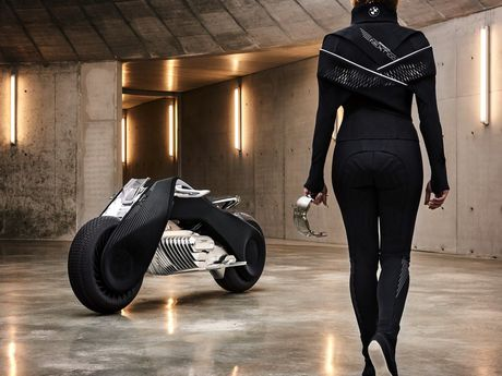 Motorrad Vision Next 100 - y tuong mo to tu can bang cua BMW - Anh 8