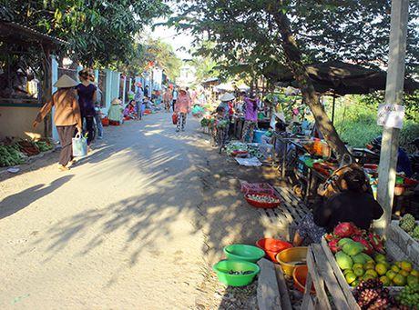 Thuc hu viec 'day tieu thuong vao duong cung' o Binh Duong - Anh 1