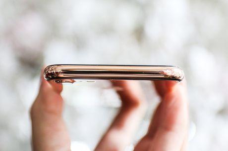 Tren tay iPhone 7 'ma vang' GoldenAce: Khi dang cap bi tra tron - Anh 7