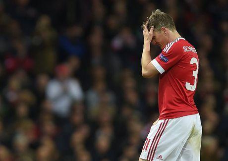 Kich cam cua Mourinho va bi mat dang sau su hat hui Schweinsteiger - Anh 1