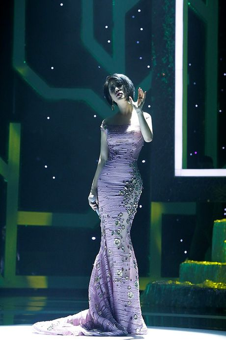Thu Phuong bat ngo 'xuong toc' quyen ru van nguoi me - Anh 5