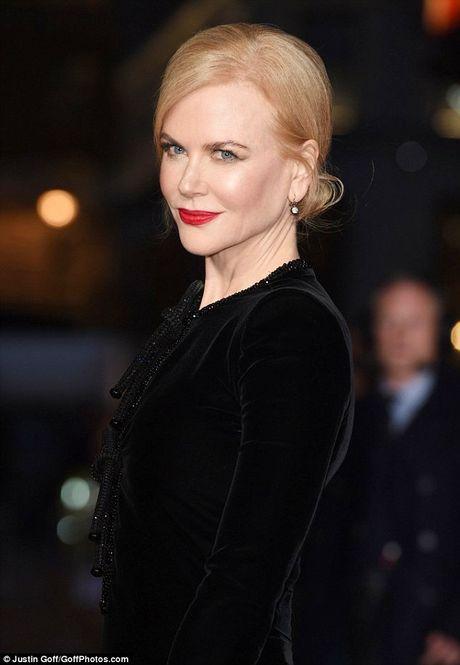 Ngo ngang sac voc tre dep ruc ro cua Nicole Kidman - Anh 2