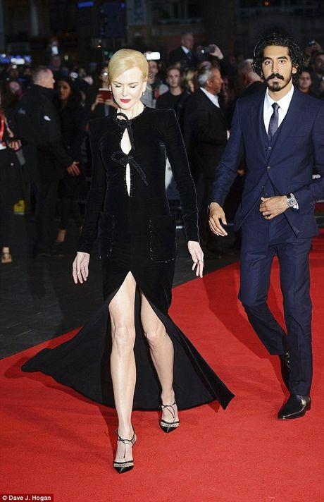 Ngo ngang sac voc tre dep ruc ro cua Nicole Kidman - Anh 7
