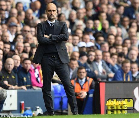 He lo ly do Guardiola cat wifi o khu tap luyen cua Man City - Anh 1