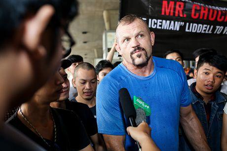 Huyen thoai UFC 'Nguoi bang' Chuck Liddell den Viet Nam - Anh 7