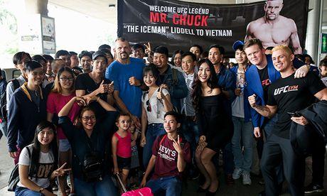 Huyen thoai UFC 'Nguoi bang' Chuck Liddell den Viet Nam - Anh 8