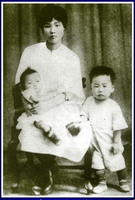 Bai 1: Ba nguoi con voi ba Duong Khai Tue - Anh 2