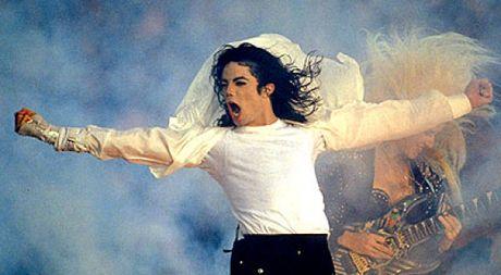 Da chet, Michael Jackson van kiem duoc hon 18.400 ti dong trong nam 2016 - Anh 1