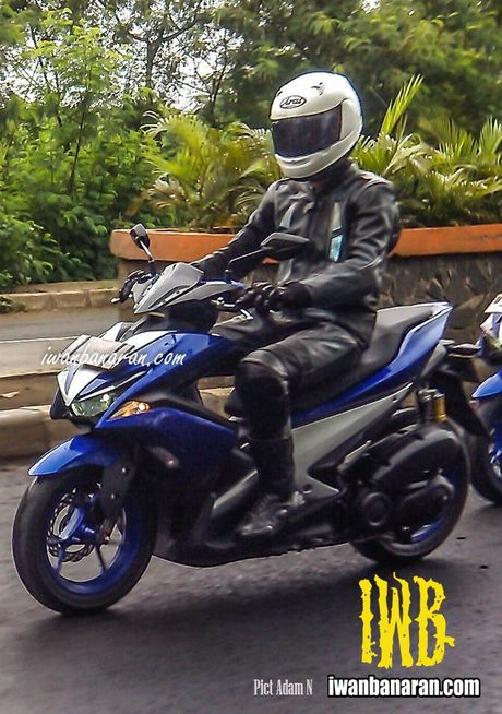 Mau xe thay the Yamaha Nouvo chay thu nghiem tai Indonesia - Anh 1