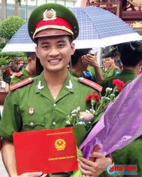 Gia canh dang thuong cua thieu uy cong an bi duoi nuoc - Anh 1