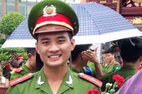 Gia canh dang thuong cua thieu uy cong an bi duoi nuoc - Anh 3