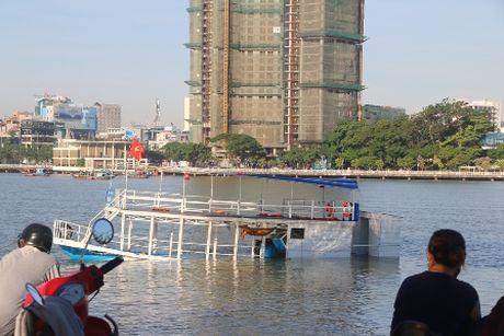 De nghi truy to 4 doi tuong trong vu chim tau Thao Van 2 - Anh 1