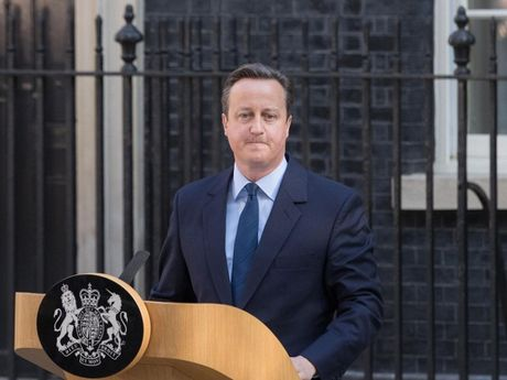 David Cameron - mot trong ba thu tuong Anh toi te nhat - Anh 1