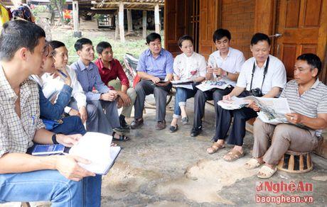 Kiem tra cong tac phat hanh va su dung bao dang tai Tuong Duong, Ky Son - Anh 4