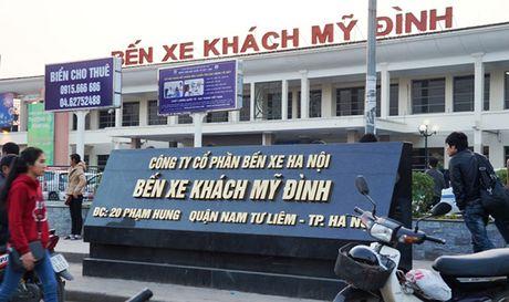 Chong chi dao cua UBND TP, xe khach van chay xuyen tam Thu do - Anh 1
