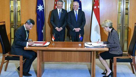 Singapore chi 1,7 ti USD thue can cu quan su o Uc - Anh 2