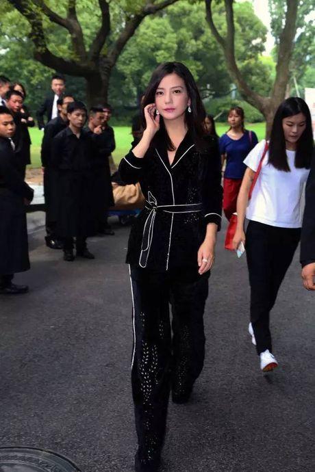 My nhan Hoa ngu chuong mot do ngu xuong pho - Anh 3
