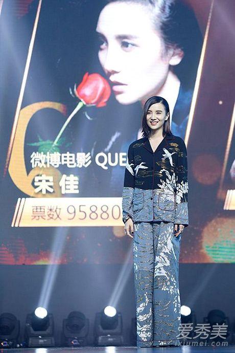 My nhan Hoa ngu chuong mot do ngu xuong pho - Anh 8