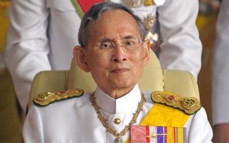 Vua Thai Lan qua doi, huong tho 89 tuoi - Anh 1