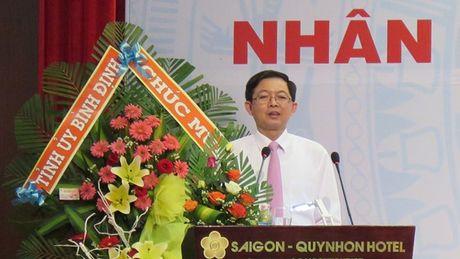Chu tich Binh Dinh Ho Quoc Dung: 'Doanh nghiep Binh Dinh se tham gia hoach dinh chinh sach phat trien kinh te dia phuong' - Anh 1