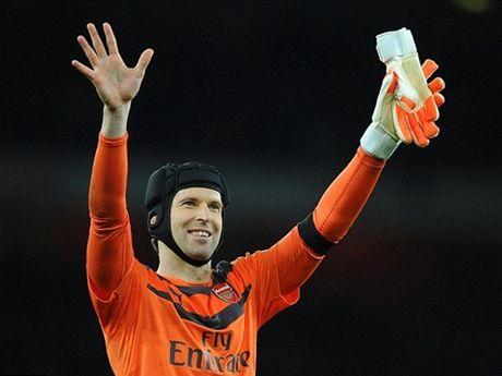 Petr Cech tiet lo diem chung duy nhat giua Mourinho va Wenger - Anh 1