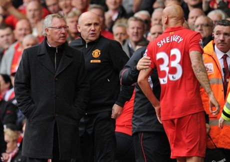 CAP NHAT toi 13/10: Pogba duoc yeu thich nhat Premier League. Sir Alex chi cach danh bai Liverpool - Anh 2