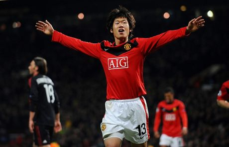 Wayne Rooney va doi hinh lao tuong that sung o MU - Anh 9