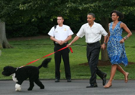 Hinh anh de nhat phu nhan My Michelle Obama an tuong va than thien - Anh 8