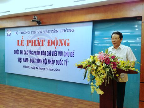 Phat dong cuoc thi bao chi viet ve Viet Nam hoi nhap - Anh 1
