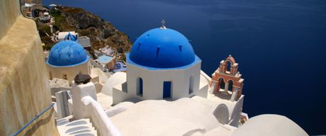 Chu du Hi Lap va kham pha nhung ngoi nha nam o Santorini - Anh 4