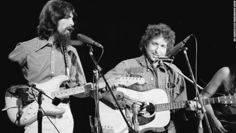 Giai Nobel Van hoc 2016: Bob Dylan hay mot 'Trinh Cong Son nuoc My' - Anh 2