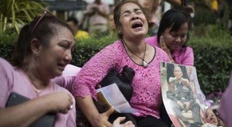 Du lich Thai Lan 'dong bang' sau khi vua Bhumibol Adulyadej qua doi - Anh 1