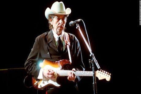 Tiet lo nguyen nhan Bob Dylan dat giai Nobel Van hoc - Anh 1
