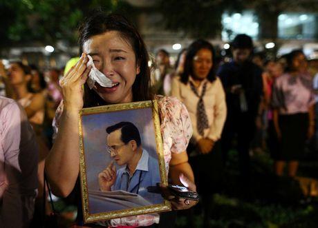 Thai Lan de tang Quoc vuong Adulyadej trong 1 nam - Anh 1