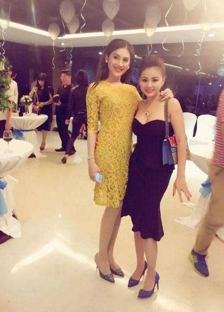 Lam Khanh Chi xinh dep, Ngoc Son 'nhay sung' mung sinh nhat Quach Tuan Du - Anh 3