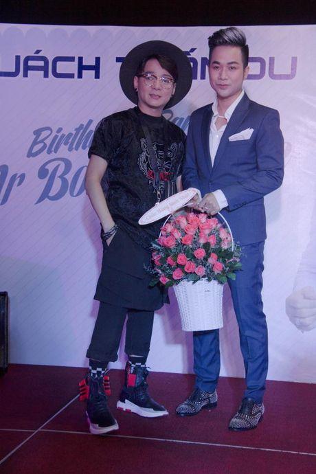 Lam Khanh Chi xinh dep, Ngoc Son 'nhay sung' mung sinh nhat Quach Tuan Du - Anh 6