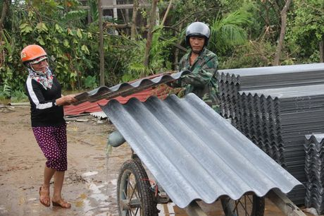 Tin bao lut mien Trung moi nhat: Dien bien phuc tap o Quang Binh - Quang Tri - Anh 14