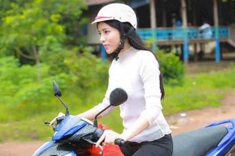 HH Ky Duyen trai long sau bien co va tiet lo danh xung muon huong den - Anh 2