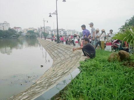 Hue: Phat hien thi the nguoi dan ong dang phan huy tren song Nhu Y - Anh 4