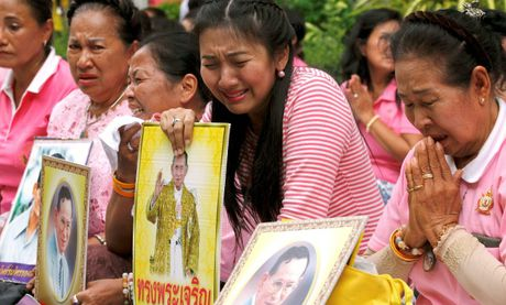 Nhieu nuoc tren the gioi gui loi chia buon toi Thai Lan - Anh 2