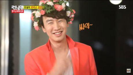 Hanh trinh lot xac tu linh moi den 'ong trum Running Man' cua Lee Kwang Soo - Anh 1