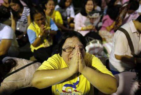 Vi sao Thai tu Thai Lan xin hoan len ngoi ke vi quoc vuong Bhumibol Adulyadej? - Anh 4