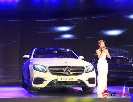 Mercedes E-class 2017 ra mat an tuong, chot gia 2,1 ty dong tai Viet Nam - Anh 4