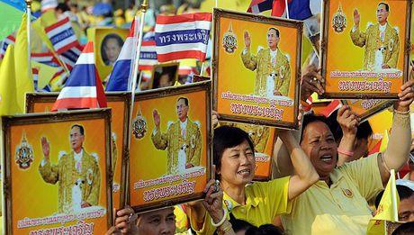 Bhumibol Adulyadej - trai tim, linh hon cua nguoi dan Thai - Anh 14