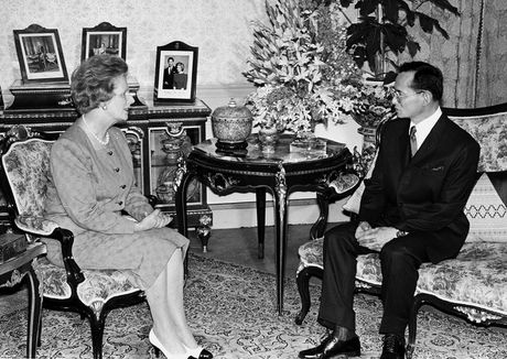 Bhumibol Adulyadej - trai tim, linh hon cua nguoi dan Thai - Anh 9