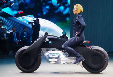 Sieu moto nguoi doi ngoai doi thuc tu BMW - Anh 1